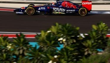 F1-2014-ABOU-DHABI-Test-fin-saison-26-novembre-Max-VERSTAPPEN-et-la-TORO-ROSSO