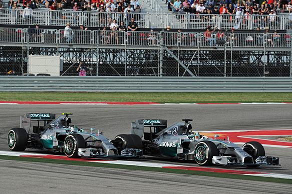 F1-2014-AUSTIN-LES-deux-MERCEDES-de-ROSBERG-et-HAMILTON-et-un-nouveau-doublé.