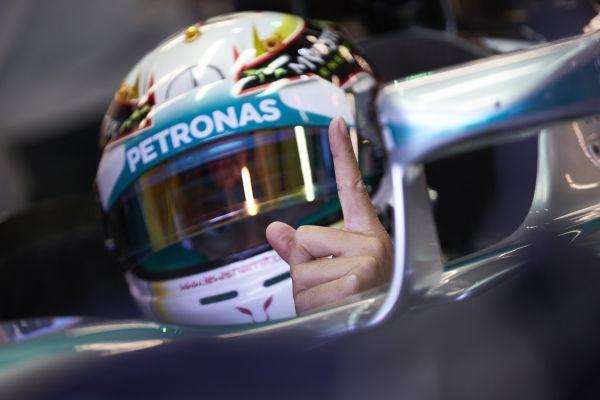 F1-2014-AUSTIN-La-MERCEDES-de-Lewis-HAMILTON.