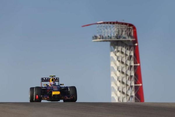 F1-2014-AUSTIN-La-RED-BULL-RENAULT-de-Daniel-RICCIARDO