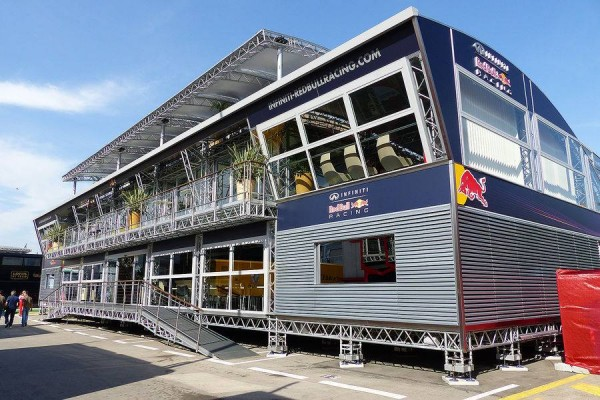 F1-2014-BARCELONE-Structure-RED-BULL.