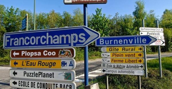 F1 2014 - SPA  les panneaux qui menent vers le circuit de FRANCORCHAMPS