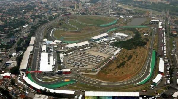 F1-CIRCUIT-INTERLAGOS-A-SAO-PAULO-Vue-aerienne