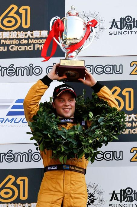 F3-2014-MACAO-Le-GRAND-Vainqueur-du-GP-DE-MACAO-Felix-ROSENQVIST