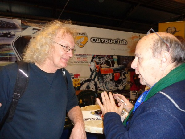 MOTO-LEGENDE-2014-21-novembre-Guy-COULON-et-Jean-Louis-BERNARDELLI-photo-autonewsinfo