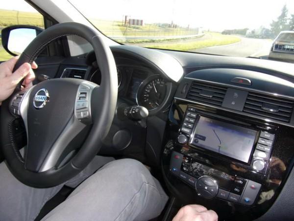 Nissan-Pulsar-On-est-pas-dépaysé-l-ambiance-est-tres-Nissan