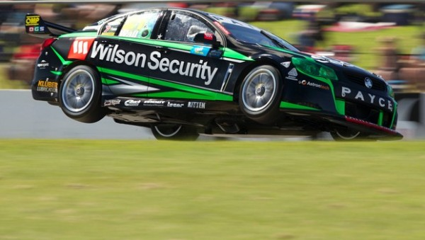 V8-2014-David-WALL-et-sa-HOLDEN