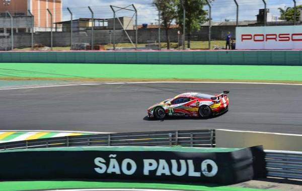 WEC-2014-SAO-PAULO-FERRARI-F458-la-71-Photo-Max-MALKA