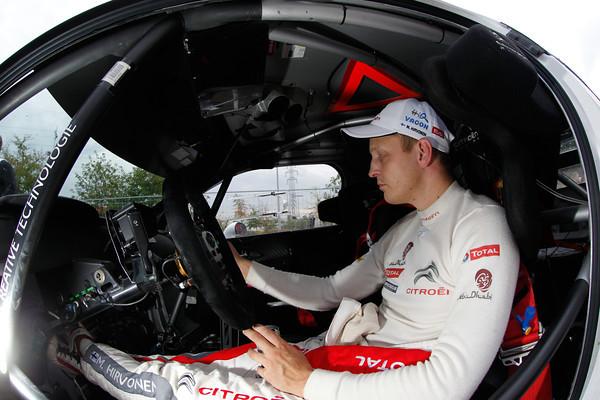 WRC-2013-DS3-HIRVONEN-COCKPIT-DS3-