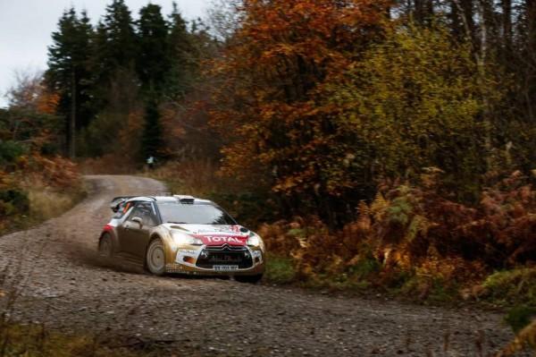 WRC-2014-GB-DS3-CITROEN-de-Kris-MEEKE