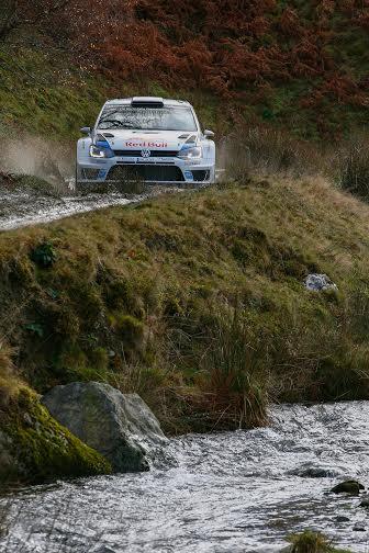 WRC-2014-GB-La-POLO-VW-de-Seb-OGIER.