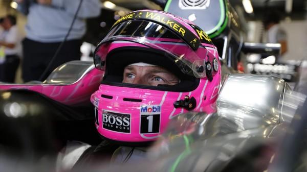 F1-2014-MONZA-La-McLAREN-de-BUTTON.
