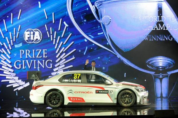 FIA 2014 Remise des Prix a DOHA au QATAR LA CITROEN C-ELYSEE CHAMPIONE DU MONDE DES voitures de tourisme WTCC