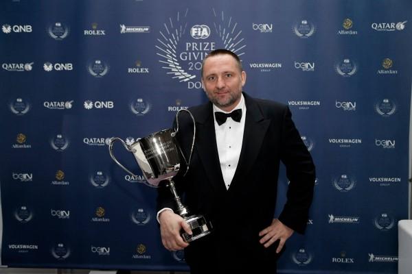 FIA 2014 Remise des Prix a DOHA au QATAR Yves MATTON reçoit la coupe de CHAMPION DU MONDE Equipe pour CITROEN sacré en WTCC