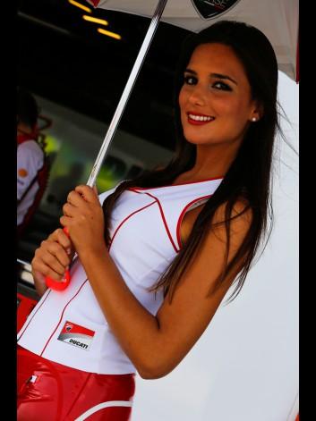 GRID GIRLS GP MOTORLAND 2014 13