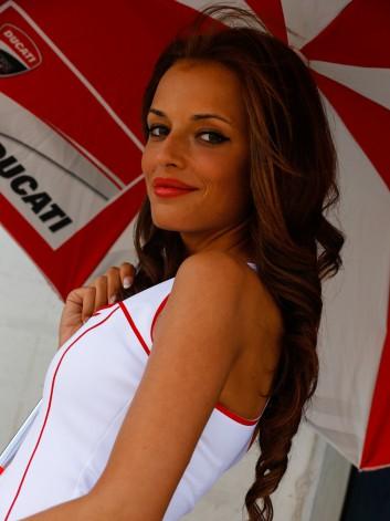 GRID GIRLS GP MOTORLAND 2014 2