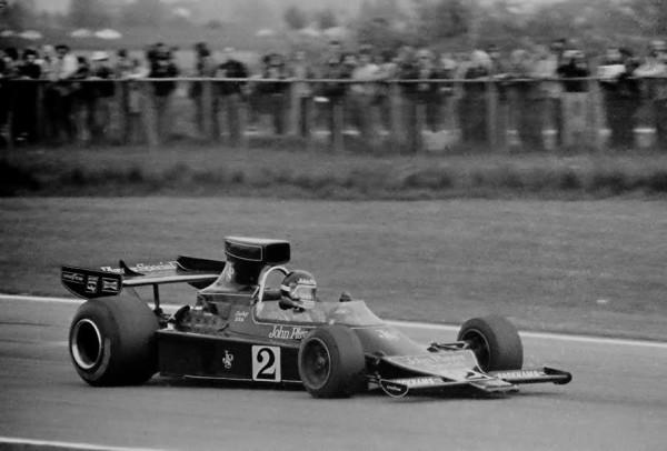 Jacky-ICKX-au-volant-de-la-Lotus-76-au-GP-de-Belgique-1974-à-Nivelles-©-Manfred-GIET