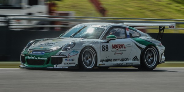 PORSCHE-CARRERA-CUP-2014-MAGNY-COURS-Come-LEDOGAR-Photo-Antoine-CAMBLOR