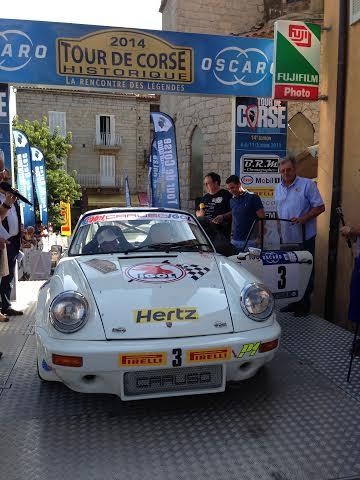TOUR-DE-CORSE-HISTORIQUE-2014-La-PORSCHE-911-Groupe-4-de-Jean-Claude-ANDRUET-et-Guy-MIZAEL