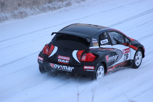 TROPHEE-ANDROS-2014-2015-VAL-THORENS-TOYOTA-AURIS-de-PANIS-Photo-Jeff-DUBY