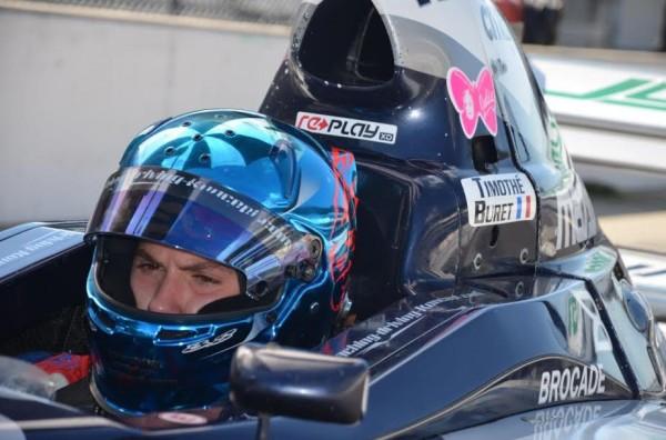 Timothe-Buret-en-essai-en-Mazda-Pro-Indianapolis.
