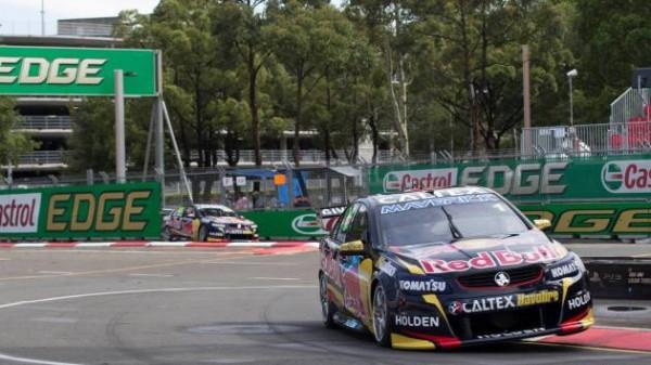 V8-SUPERCAR-2014-SYDNEY-7B-decembre-13éme-victoire-de-la-saison-pour-Jamie-WHINCUP