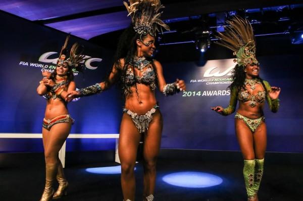 WEC-2014-SAO-PAULO-LES-BELLES-DANSEUSES-BRESILIENNES-en-ouverture-de-la-céremonie-de-la-remlise-des-Prix-du-Championnat-du-monde-dendurance-WEC-2014