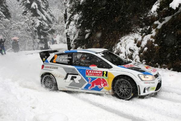 WRC-2014-MONTE-CARLO-La-Polo-VW-de-LATVALA-dans-le-TURINI-SAMEDI-18-Janvier