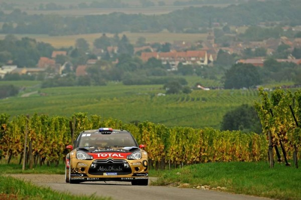 WRC-2014-Rallye-de-FRANCE-en-ALSACE-La-DS3-de-Seb-LOEB-et-Daniel-ELENA
