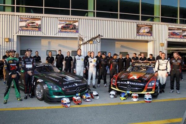 24-HEURES-DUBAI-2015-Les-MERCEDES-BLACK-FALCON