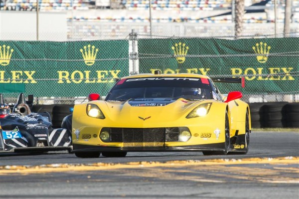 DAYTONA-2015-ROAR-Before-CHEVROLET-CORVETTE-N°3