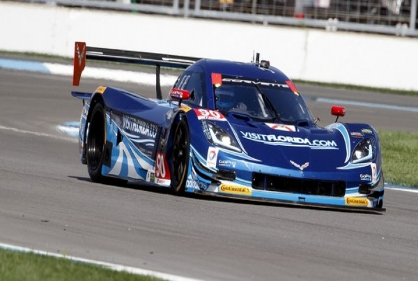 DAYTONA-2015-ROAR-La-CORVETTE-DP-du-VisitFlorida-com-Racing