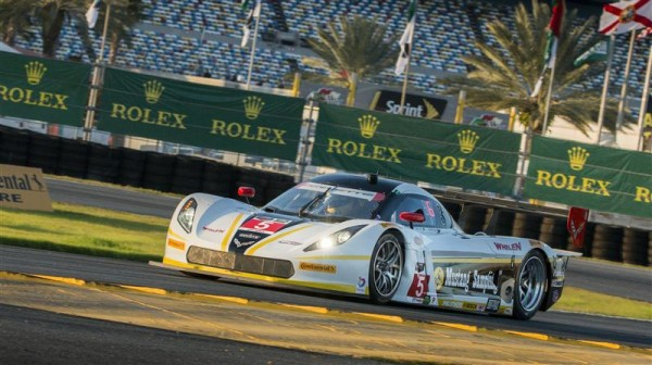 DAYTONA-2015-la-CORVETTE-DP-ACTION-EXPRESS-N°5.