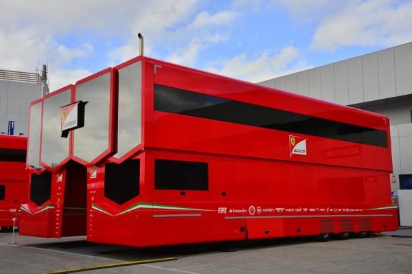 F1-2015-CIRCUIT-DE-JEREZ-DE-LA-FRONTERA-Structure-de-la-SCUDERIA-FERRARI-Photo-MAX-MALKA
