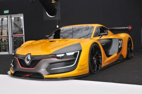 FESTIVAL-PARIS-2015-RENAULT-RS01