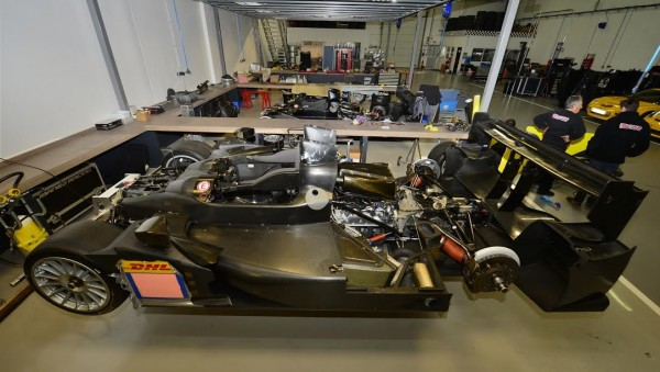 IBANEZ-RACING-Atelier-LMP2-ORECA-en-preparation-Photo-Max-MALKA