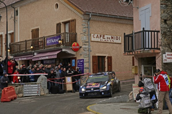 MONTE CARLO 2015 -La VW POLO WRC de Andreas MIKKELSEN.