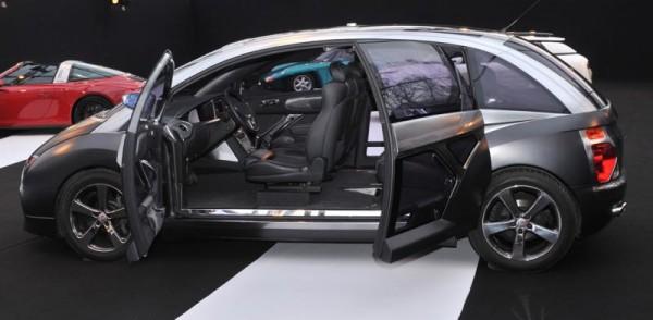 SALON-CONCEPT-CAR-2015-Ital-Design-Structura-Giugiaro