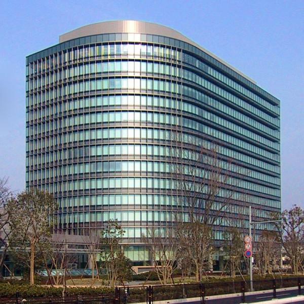TOYOTA-le-siege-a-TOKYO.
