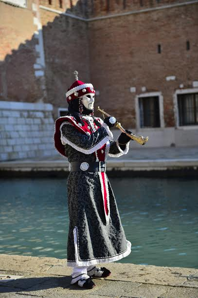 CARNAVAL-DE-VENISE-Photo-Max-MALKA
