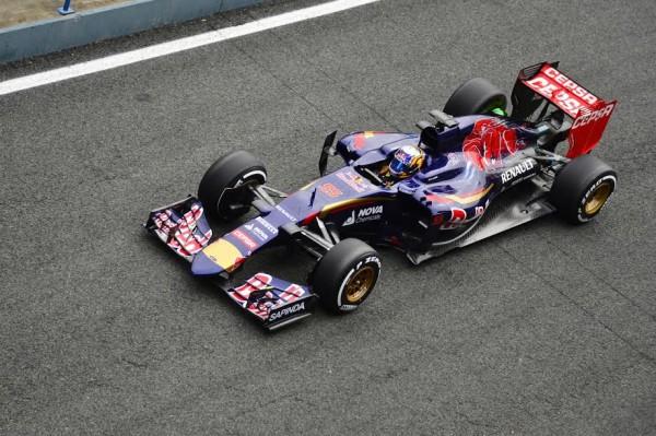 F1 2015 - CARLOS SAINZ Junior et la TORO ROSSO -Photo Max MALKA.