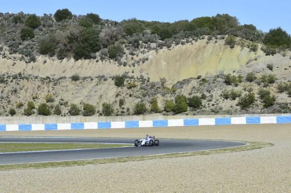 F1-2015-JEREZ-Dimanche-1er-fevrier-La-WILLIAMS-MERCEDES-de-BOTTAS-Photo-Max-MALKA