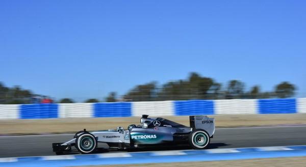 F1-2015-JEREZ-Dimanche-1er-fevrier-MERCEDES-W06-de-Nico-ROSBERG-Photo-Max-MALKA