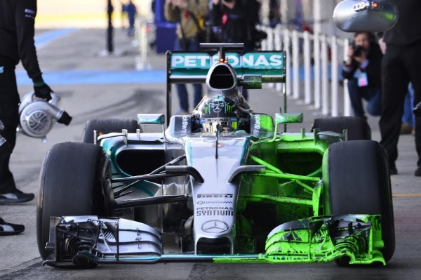 F1-2015-JEREZ-Dimanche-1er-fevrier-MERCEDES-de-Nico-ROSBERG-Photo-Max-MALKA