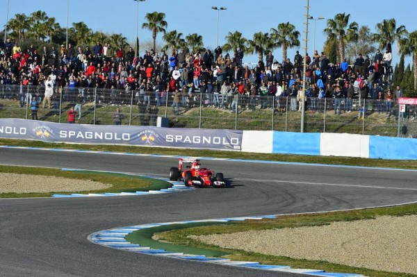 F1-2015-JEREZ-Dimanche-1er-fevrier-SEBASTIAN-VETTEL-et-la-FERRARI-les-plus-rapides-Photo-MALKA.