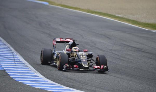 F1-2015-JEREZ-Mardi-2-Fevrier-LOTUS-RENAULT-avec-PASTOR-MALDONADO-Photo-Max-MALKA.