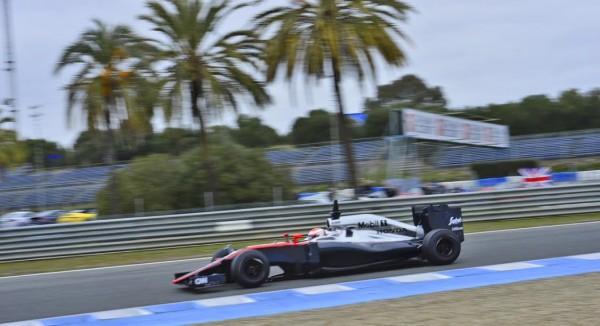 F1-2015-JEREZ-Mardi-2-Fevrier-MCLAREN-HONDA-avec-JENSON-BUTTON-Photo-Max-MALKA.