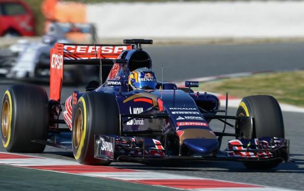 F1 2015 MONTMELO 22 fevrier -CARLOS SAINZ Junior - Scuderia TORO ROSSO - Photo Antoine CAMBLOR