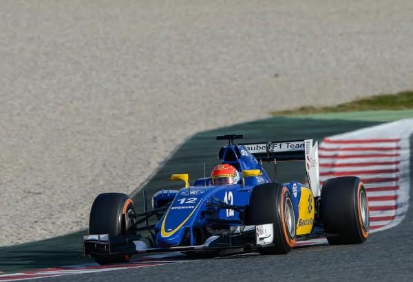 F1-2015-MONTMELO-27-FEVRIER-FELIPE-NASR-et-la-SAUBER-FERRARI-Photo-MAX-MALKA.