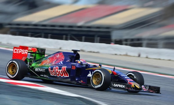 F1-2015-MONTMELO-27-FEVRIER-MAX-VERSTAPPEN-TORO-ROSSO-RENAULT-Photo-MAX-MALKA